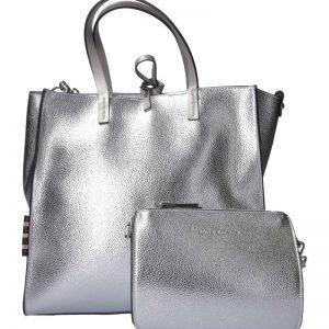 Felicia Medium argento